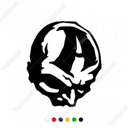 A Yazısı Kuru Kafa Maske Sticker Yapıştırma
