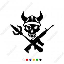 Mızrak Ve M4A4 Silah Üstünde Duran Boynuzlu Kuru Kafa Sticker