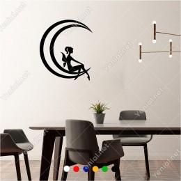 Ayın Üzerinde Oturan Kanatlı Kız 50x60 cm Duvar Sticker