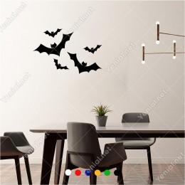 Büyükten Küçüğe Uçuşan Yarasalar 60x40 cm Duvar Sticker