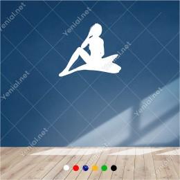 Ellerini Boynunun Altına Koyup Düşünen Kadın 60x50 cm Duvar Sticker
