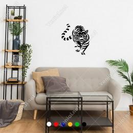 Üzerimize Doğru Yürüyen Çizgili Aslan Sticker