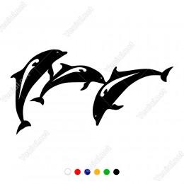 Birbiri İle Oynaşan Yavru Yunus Balıkları Sticker