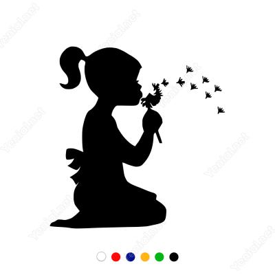 Çiçekle Oynayan Kız Çocuğu Sticker Yapıştırma