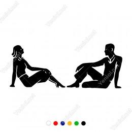 Karşılıklı Şekilde Oturan Kadın Erkek Motifi Sticker