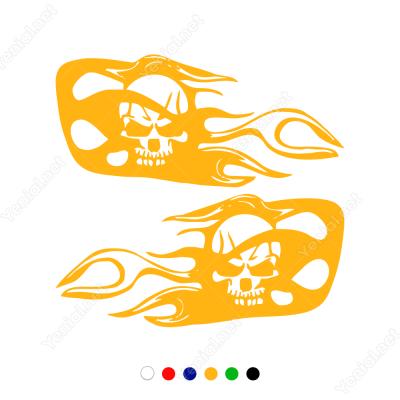 Kurukafa ve Ateş Efekti Süslemesi Sticker Yapıştırma